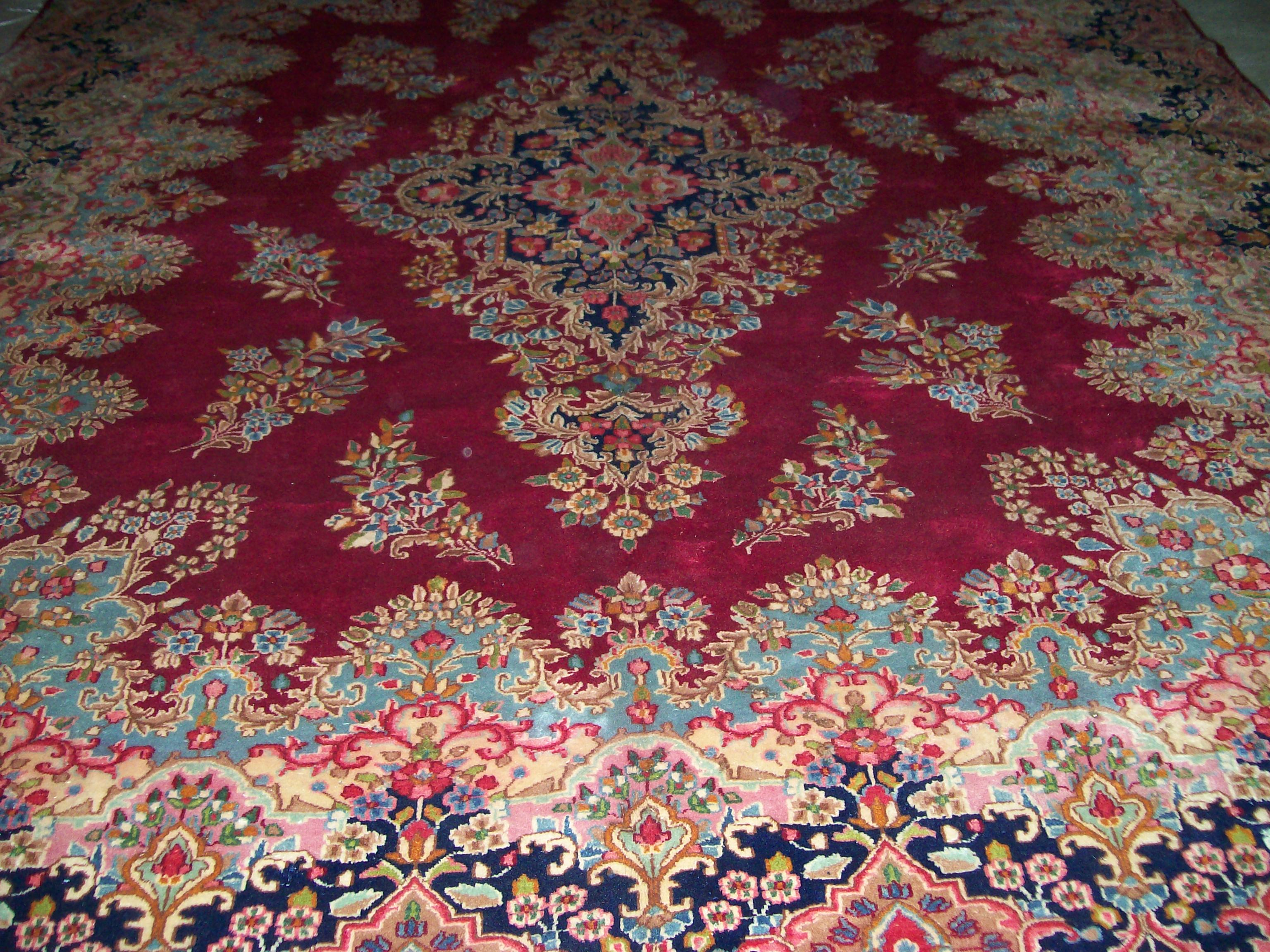 Antique Semi New Persian Rugs Ushak Oushak
